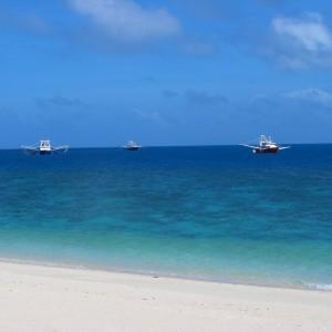 Woiz Reef - Fishing trawlers